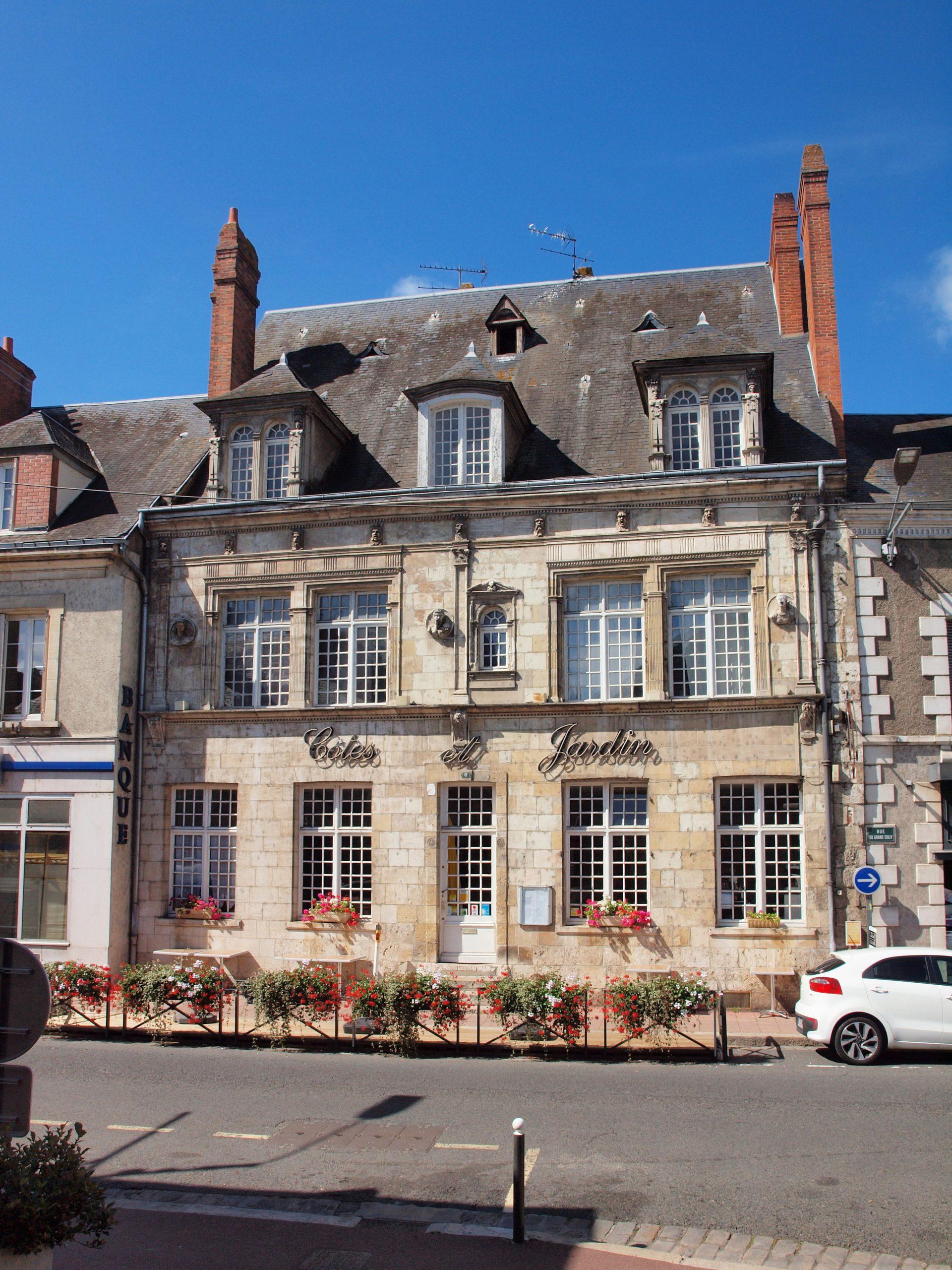 File Sully sur Loire FR 45 restaurant Côtes & Jardin 01
