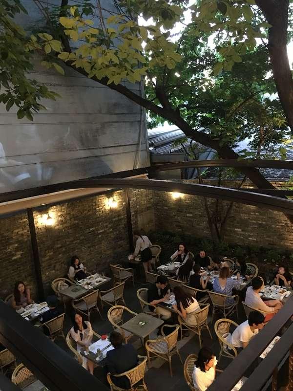Restaurant Coté Jardin Élégant 韓國】 首爾 梨泰院 2016 Cote Jardin 法式餐酒館裡的露天